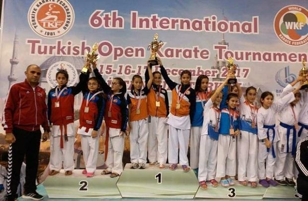 Çanakkaleli Karatecilerden Büyük Başarı