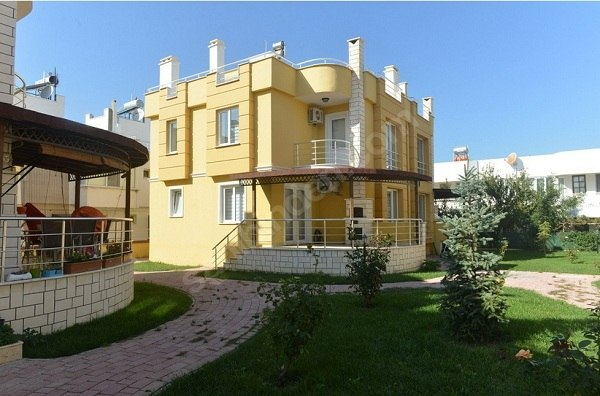 Dardanos'ta Kelepir Villa